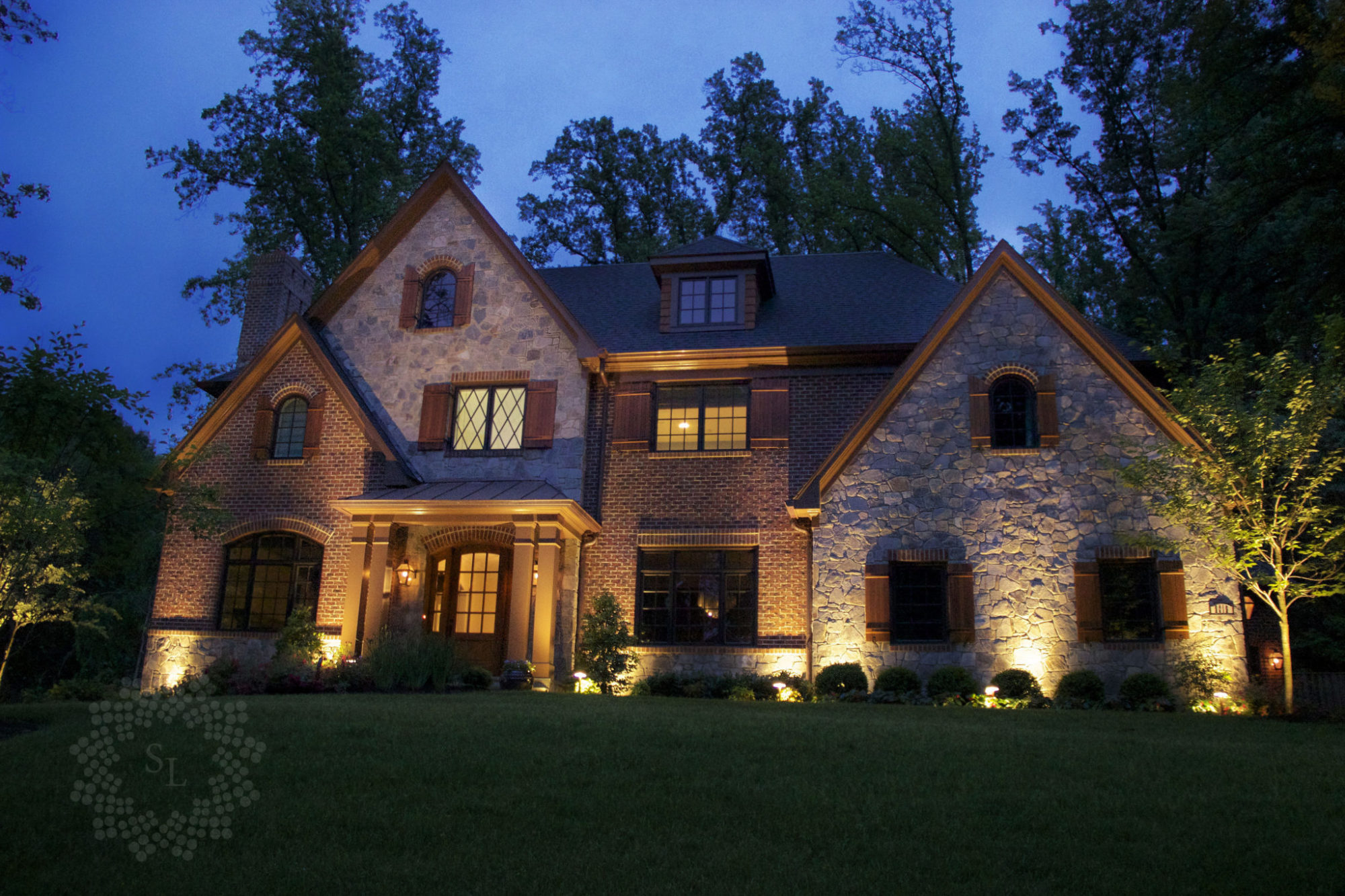 What to Highlight with Your Outdoor Lighting