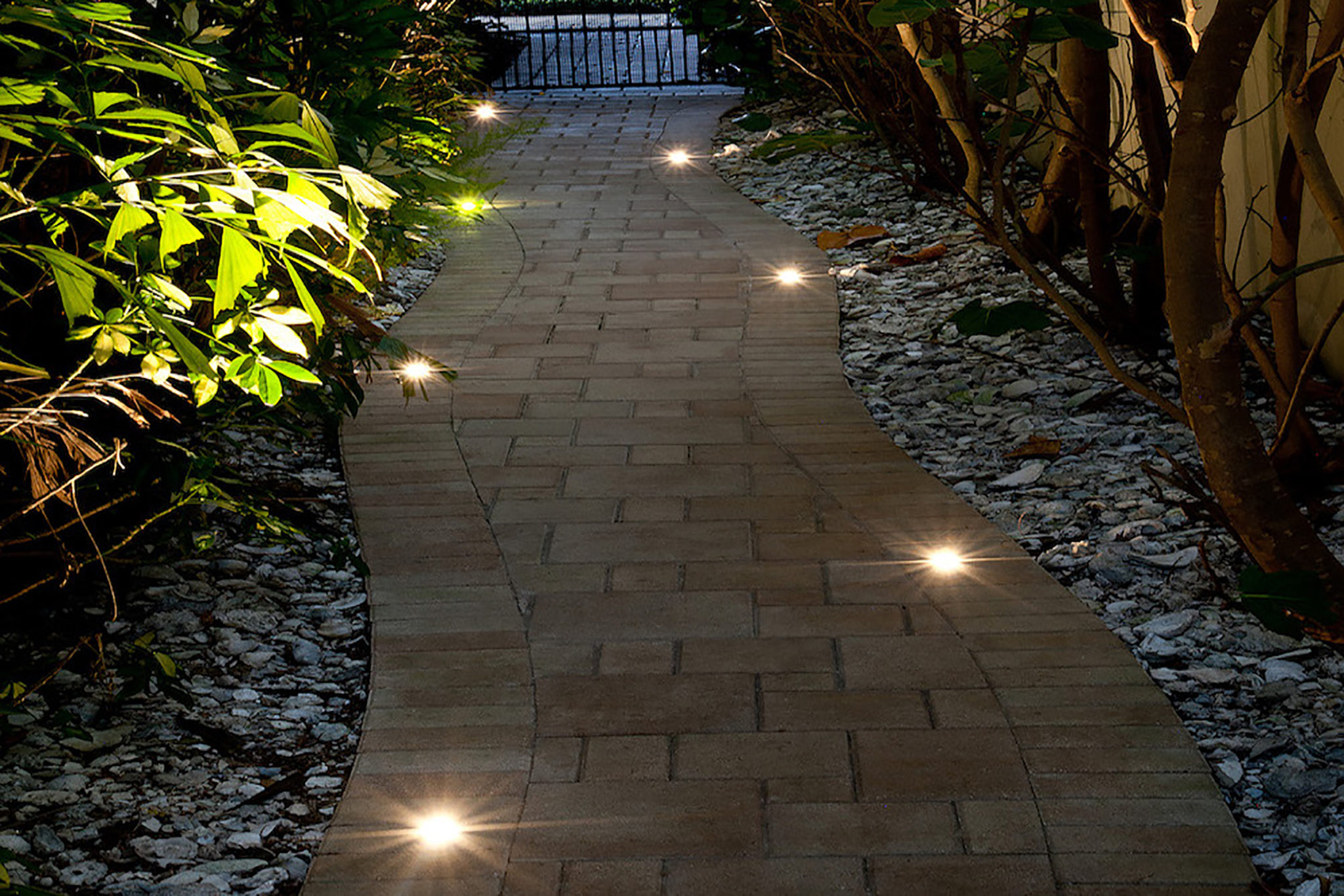 outdoor lighting ideas for st  louis homes