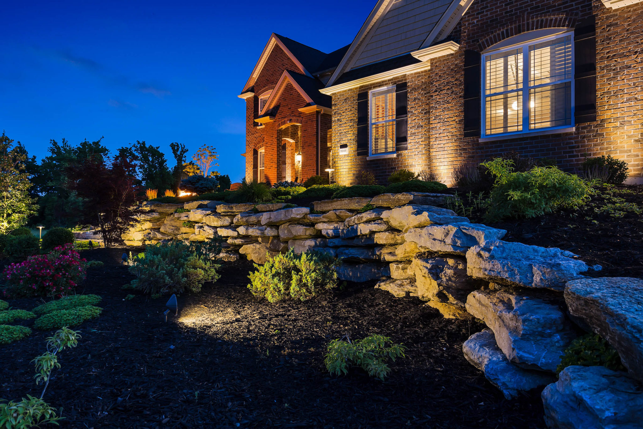 Outdoor Lighting Installation Service St Louis Dusk To Dawn